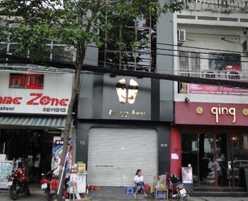 Location commerce Saigon
